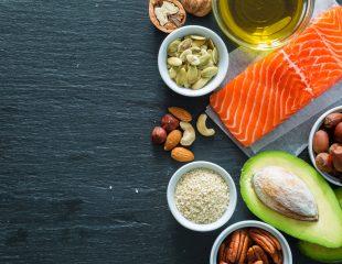 مصرف بیش از حد این 8 ماده غذایی بینهایت خطرناک است