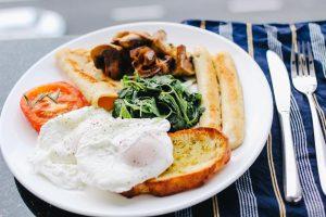 10 ماده غذایی عالی که دارای پروتئین خالص هستند
